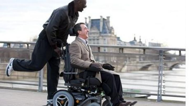 Fashion Trends 2021: The Nike shoes of Omar Sy in Intouchables