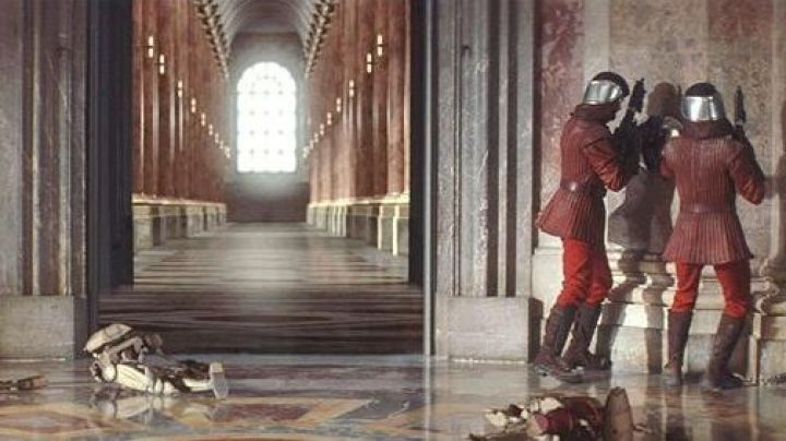Fashion Trends 2021: The Palace of Naboo in Star Wars I : The Phantom Menace (also in episode II)