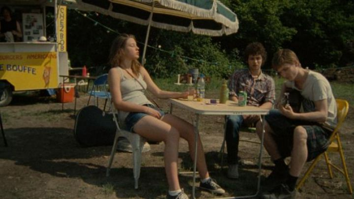 The Pataugas blue Adèle Exarchopoulos in pieces of me - Movie Outfits and Products