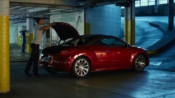 The Peugeot RCZ of Will Smith in Focus - Movie Outfits and Products