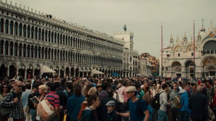 The Place Saint-Marc of Venice in Italy in Inferno - Movie Outfits and Products