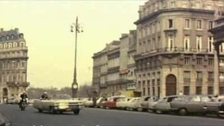 The Place de la Comédie and the Opéra National de Bordeaux in Le Corniaud - Movie Outfits and Products