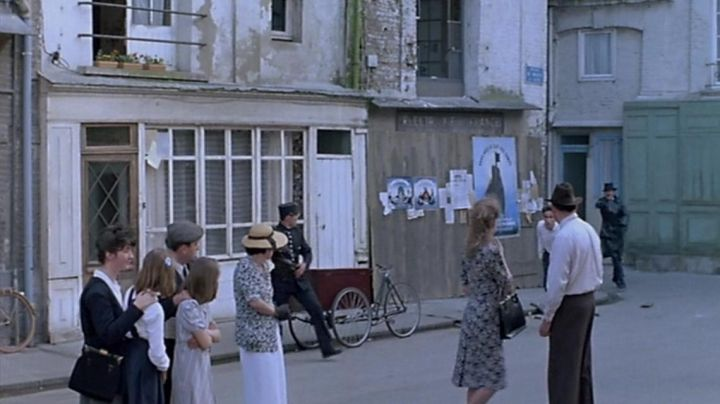 The Place of the Windmill of Dieppe in the movie story of women by Claude Chabrol - Movie Outfits and Products