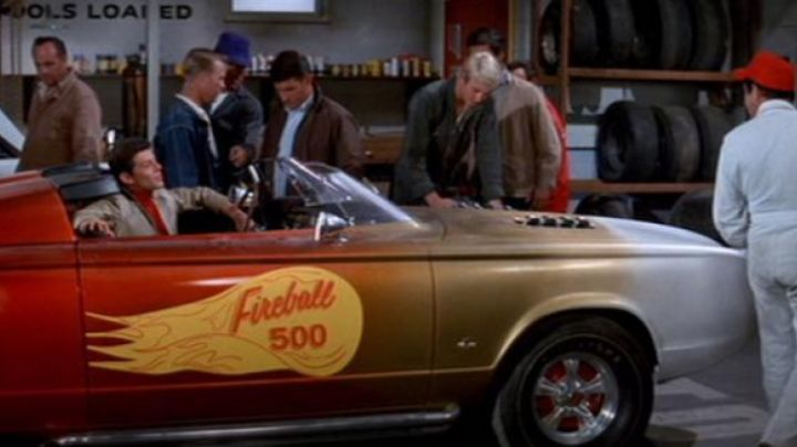 The Plymouth Barracuda in Fireball 500 - Movie Outfits and Products