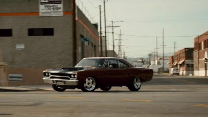 The Plymouth Road Runner of Dominic Toretto (Vin Diesel) in Fast & Furious 7 - Movie Outfits and Products