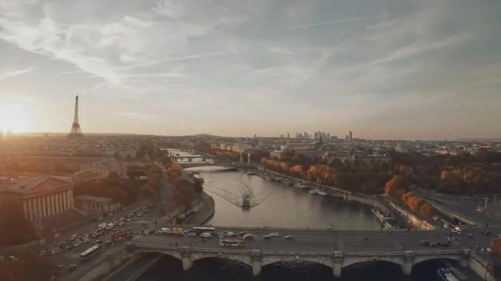 The Pont de la Concorde, the Palais Bourbon and the Eiffel Tower in The Tuche 3 - Movie Outfits and Products