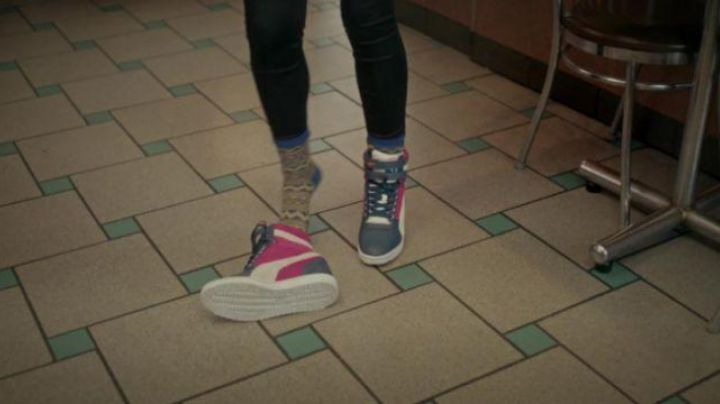 The Puma shoes are offset in The edge of Seventeen - Movie Outfits and Products