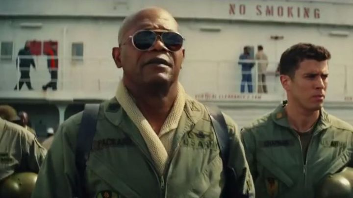 The Ray-Ban of Lieutenant Colonel Packard (Samuel L. Jackson) in Kong : Skull Island movie
