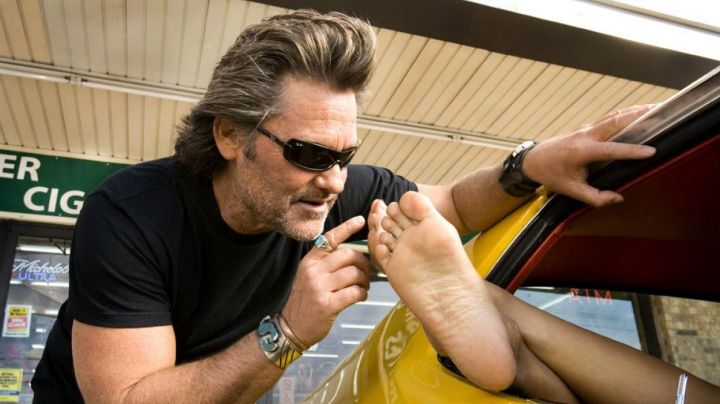 """The Ray-Ban of Stuntman Mike (Kurt Russell) in """" Boulevard of death movie"""