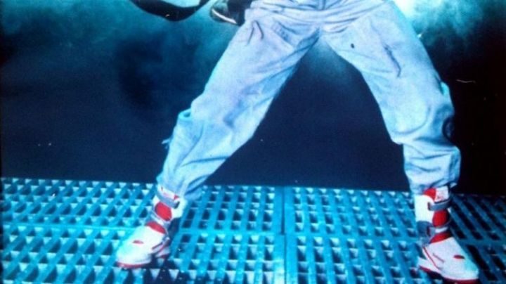 The Reebok shoes of Ellen Ripley (Sigounrey Weaver) in Alien 2 - Movie Outfits and Products