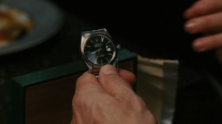 Fashion Trends 2021: The Rolex watch offered by Carrie Bradshaw in Mr. Big in Sex and The City 2