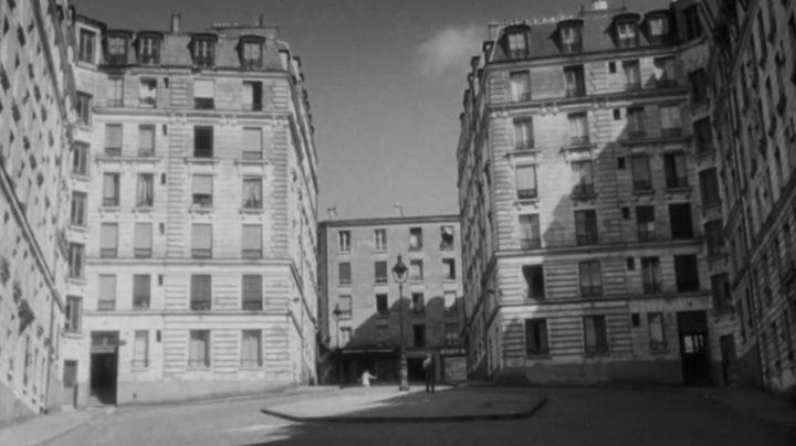 The Square Bolivar Paris in the film Orpheus by Jean Cocteau - Movie Outfits and Products