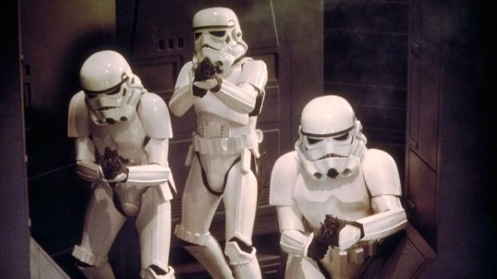 The Stormtrooper helmet in The Empire strikes back - Movie Outfits and Products