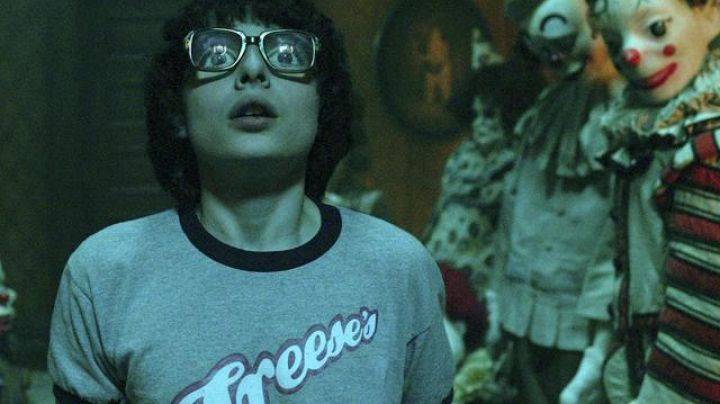 The T-shirt Freese's Department Store of Ritchie (Finn Wolfhard) in IT