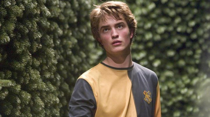 The T-shirt of the tournament of the 3 witches of Cedric Diggory (Robert Pattinson) in Harry Potter and the goblet of fire