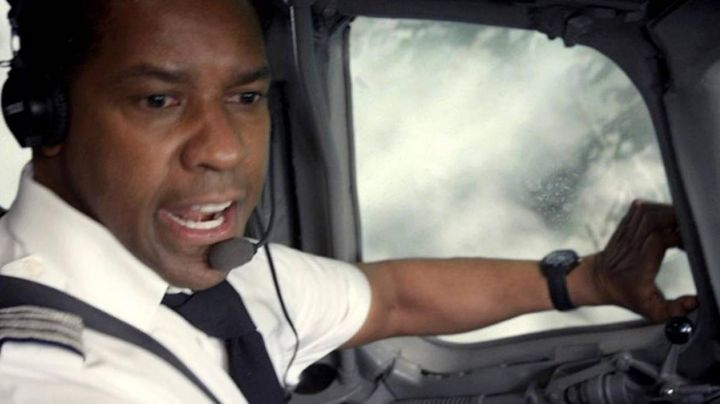 Fashion Trends 2021: The Timex watch of Whip Whitaker (Denzel Washington) in Flight