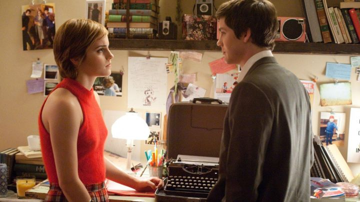 The Top red Sam (Emma Watson) in The World of Charlie - Movie Outfits and Products