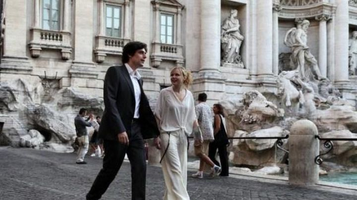 The Trevi fountain in To Rome with Love (Woody Allen) - Movie Outfits and Products