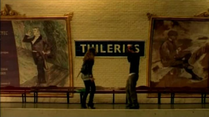 The Tuileries metro station in Paris, I love you - Movie Outfits and Products