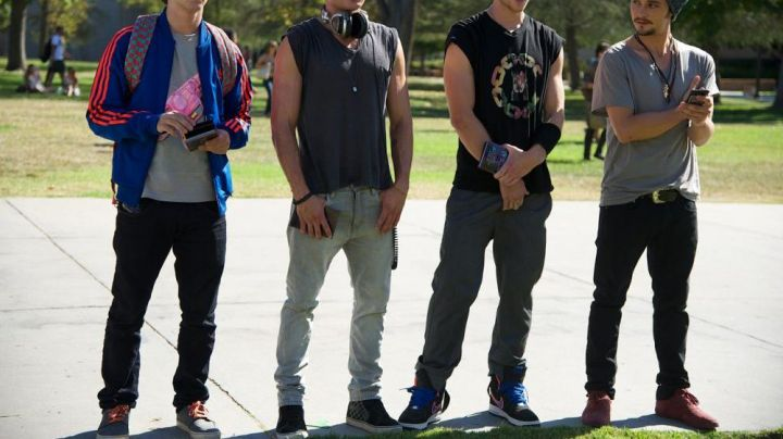 The Vans of Zac Effron in We Are Your Friends - Movie Outfits and Products