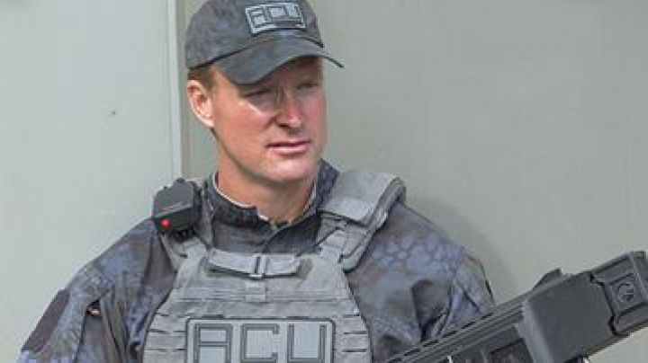 The Vest Tactical unit ACU in Jurassic World - Movie Outfits and Products
