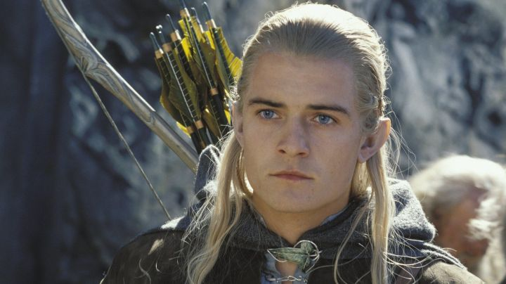 The arc of the elves of Legolas (Orlando Bloom) in The Hobbit : An unexpected journey - Movie Outfits and Products