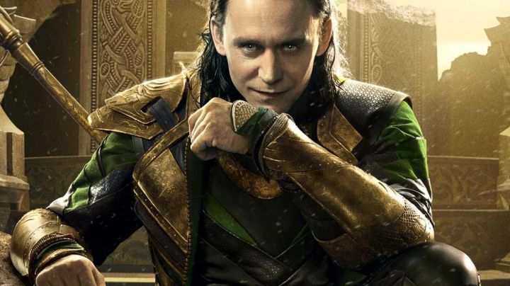 Fashion Trends 2021: The armbands, golden Loki (Tom Hiddleston) in Thor