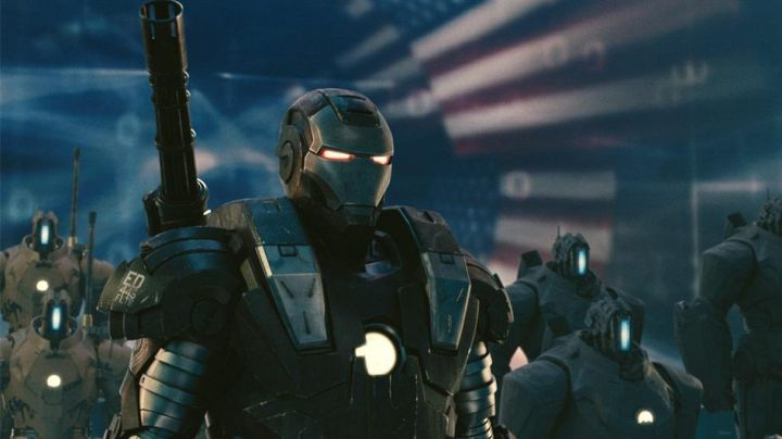 The armor of Rhodes / War Machine (Don Cheadle) in Iron Man 2 - Movie Outfits and Products