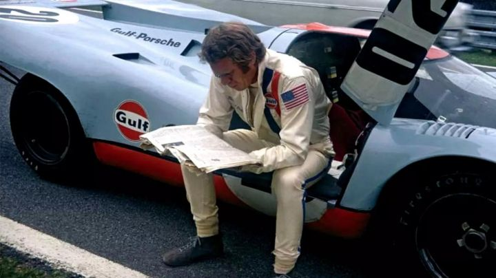 The authentic combination of pilot Gulf of Michael Delaney (Steve McQueen) in Le Mans Movie
