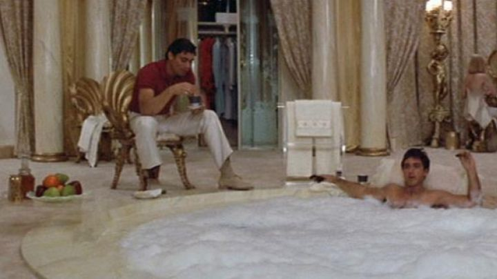 The authentic decanter shot of Tony Montana (Al Pacino) in Scarface movie