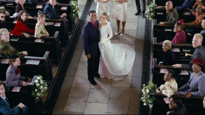 Fashion Trends 2021: The authentic dress of wedding of Juliet (Keira Knightley) in Love Actually