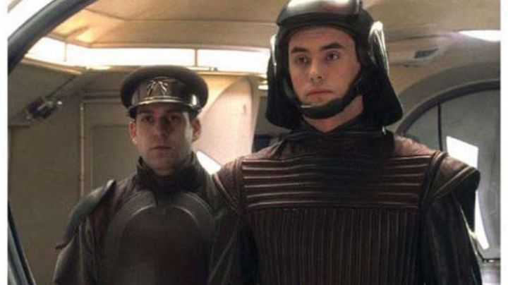 The authentic jacket of the guards of Naboo in Star Wars 1 : The phantom menace - Movie Outfits and Products