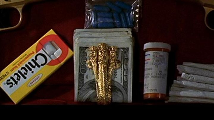 "The authentic money clip ""3 Dragons"" of Castor Troy (Nicolas Cage) in Volte/​Face movie"