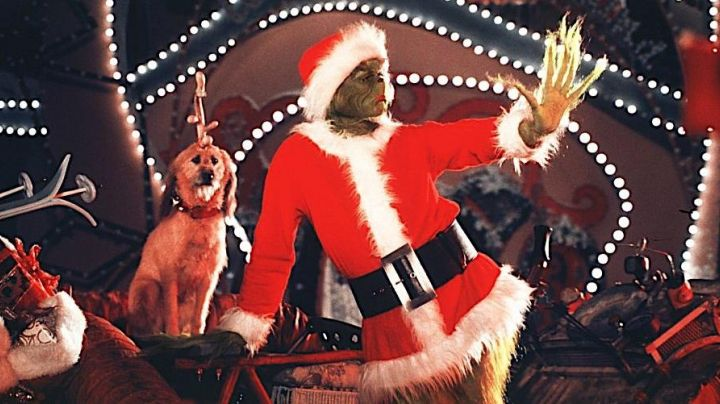 Fashion Trends 2021: The authentic outfit of Father Christmas as worn by Jim Carrey in The Grinch