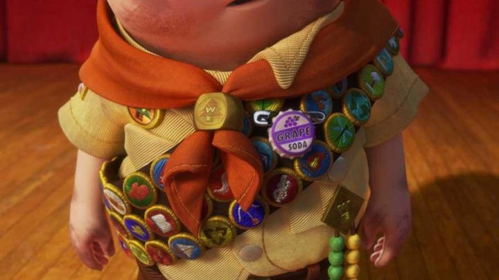 Fashion Trends 2021: The badge Grape Soda Ellie in up There