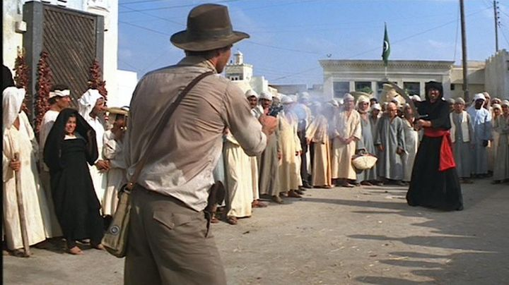 The bag is in the shoulder strap Indiana Jones (Harrison Ford) in raiders of the Lost Ark