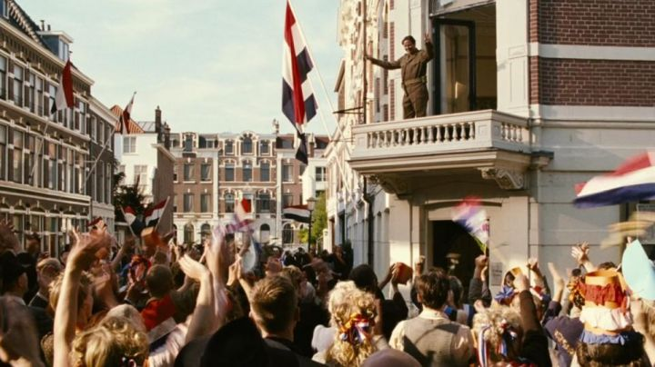 The balcony of the 39 Surinamestraat, The Hague in the netherlands in the film Black Book - Movie Outfits and Products