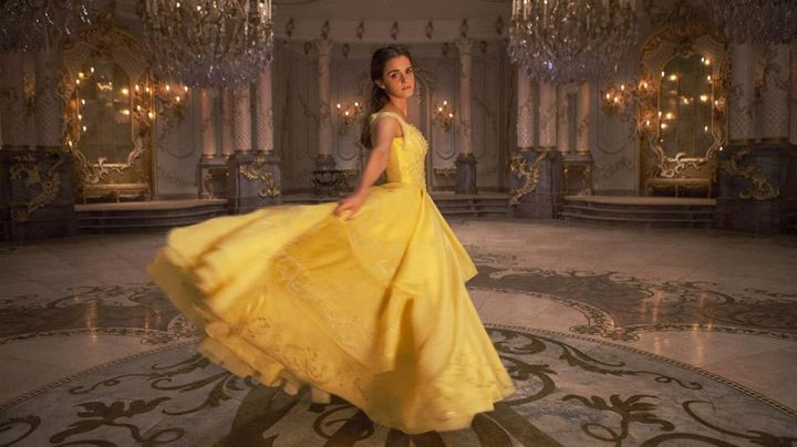 Fashion Trends 2021: The ball gown Belle (Emma Watson) in beauty and The Beast