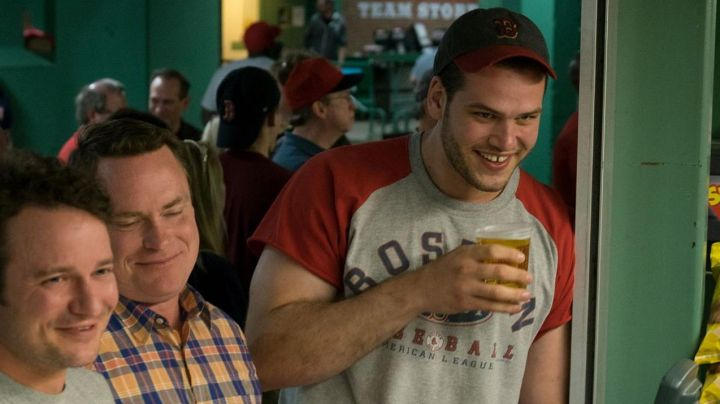 The baseball Cap Boston Red Sox in the movie Stronger - Movie Outfits and Products
