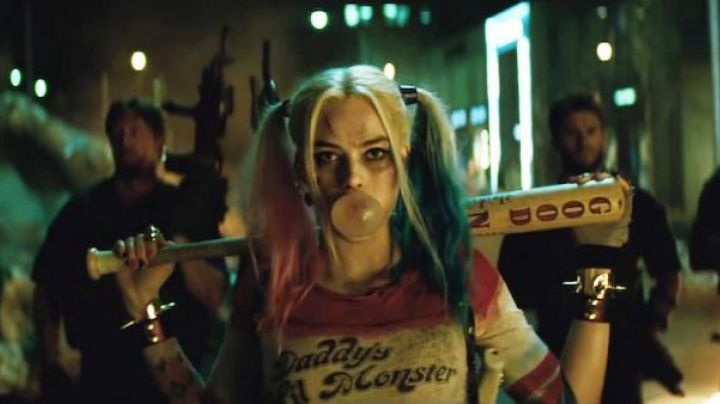 Fashion Trends 2021: The bat and Harley Quinn (Margot Robbie) in Suicide Squad