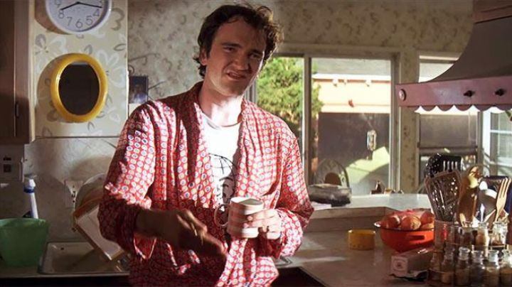 Fashion Trends 2021: The bathrobe of Jimmie Dimmick (Quentin Tarantino) Pulp Fiction