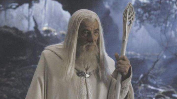 Fashion Trends 2021: The baton of Gandalf the White in the Lord of The Rings
