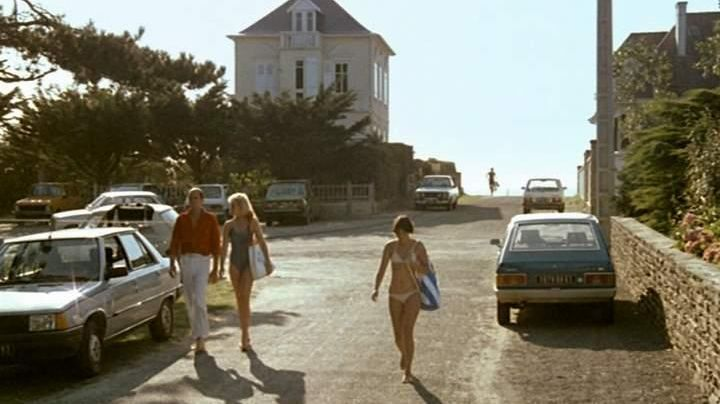 The beach of Granville in Normandy in the movie Pauline at the beach - Movie Outfits and Products
