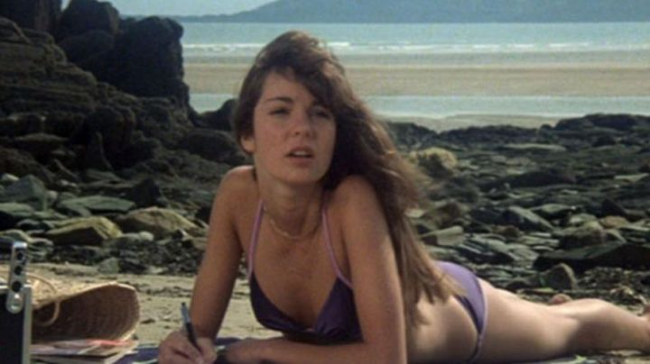 The beaches of Locquirec in Brittany in the film The Hotel from the beach - Movie Outfits and Products