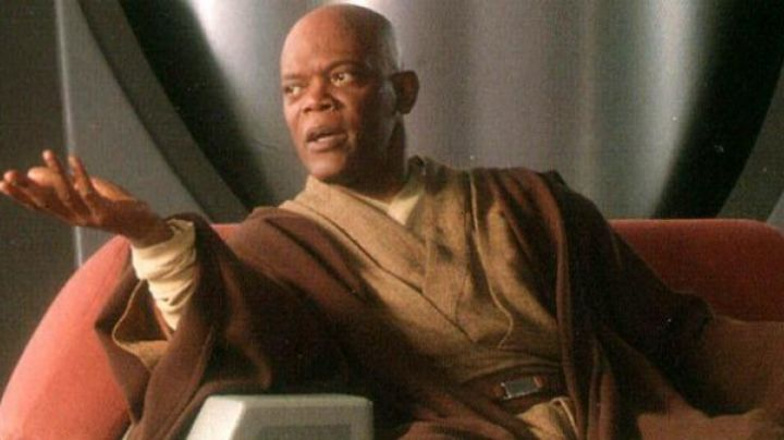 The belt of Mace Windu (Samuel L. Jackson) in Star Wars I : The phantom menace - Movie Outfits and Products