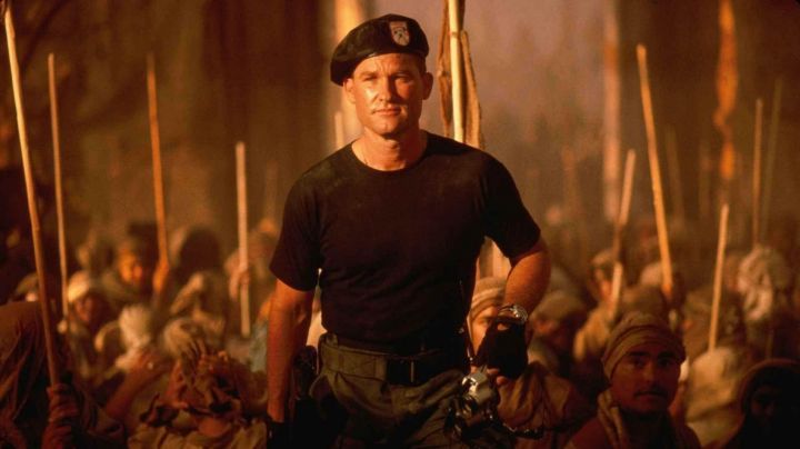 Fashion Trends 2021: The beret military Colonel Jack O'neil (Kurt Russell in Stargate
