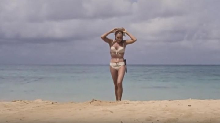 Fashion Trends 2021: The bikini Honeychile Ryder (Ursula Andress) in the James Bond 007 against Dr. No.