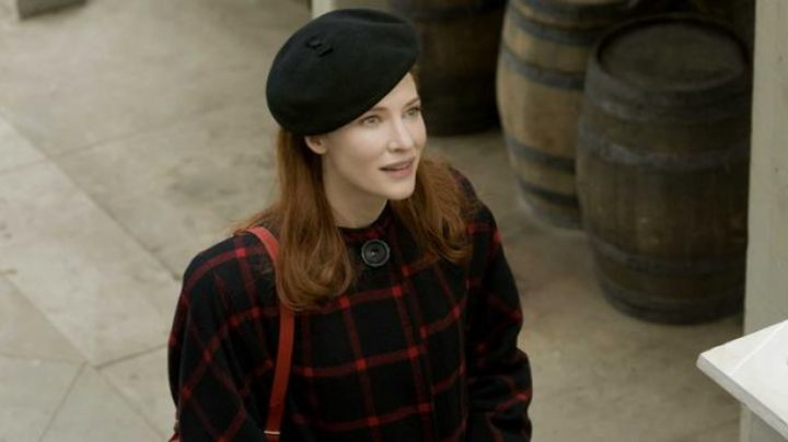 The black beret from Daisy (Cate Blanchett) in The curious case of Benjamin Button movie