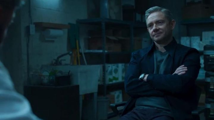 The black jacket of Everett K. Ross (Martin Freeman) in a Black Panther - Movie Outfits and Products
