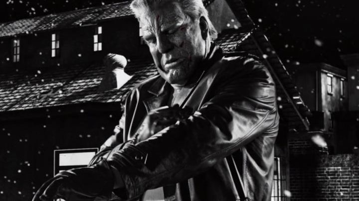 The black leather coat Marv (Mickey Rourke) Sin City 2 : I killed for it - Movie Outfits and Products